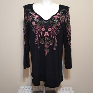 Signature Collection Black Floral Embroidered Top